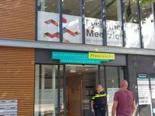 Vrouw gewond na steekpartij in consultatiebureau