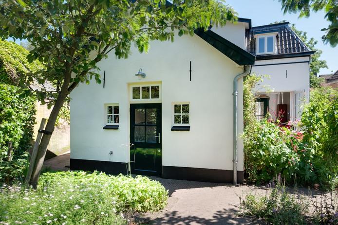 Dit huis in Brummen is gebouw in 1893 en in 2008 gerestaureerd.