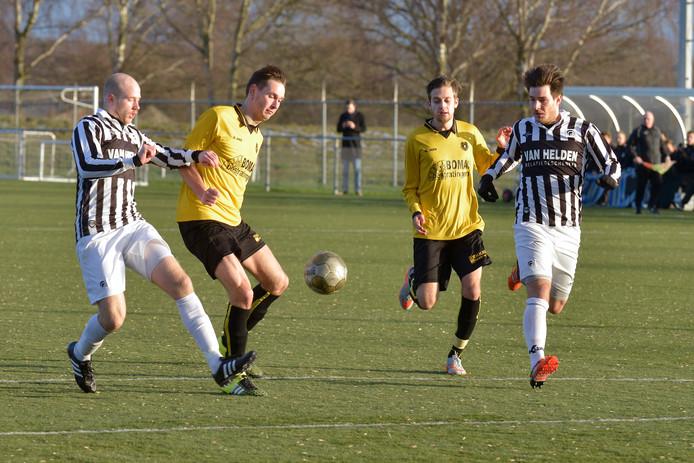 Archieffoto van Brakkenstein (geel)