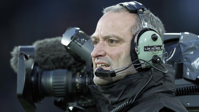 Een cameraman Eredivisie Live. © PRO SHOTS