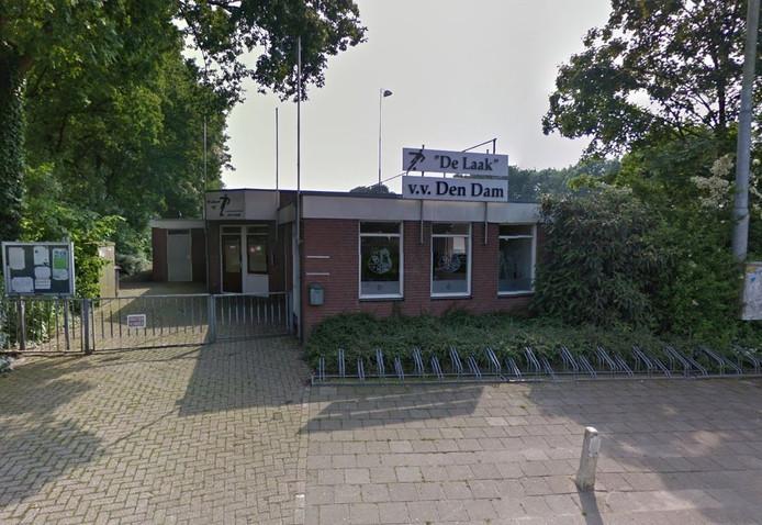 Het clubgebouw van v.v. Den Dam in Azewijn