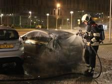 Meerdere voertuigen uitgebrand in Kanaleneiland