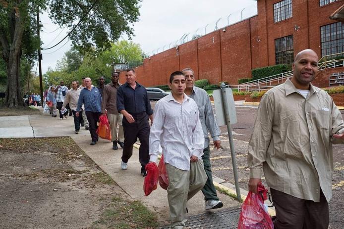 De vrijlating van Texaanse gevangenen in Huntsville. foto Inge Hondebrink