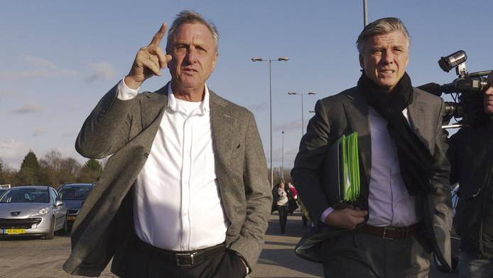 Johan Cruijff en Keje Molenaar. © ANP