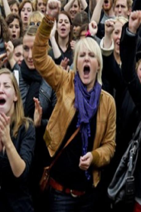 Protestmars 'Women's March' voert door Den Haag