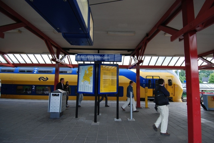 Station Ede-Wageningen.