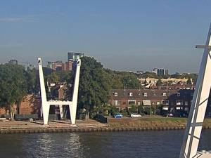 Volg de bouw van de Dafne Schippersbrug live