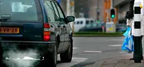 Weer meer vervuilende auto's op de weg
