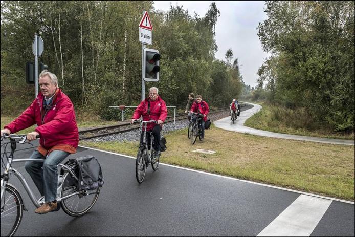 Het fietspad buigt nu nog even voor Kranenburg af naar het dorp.
