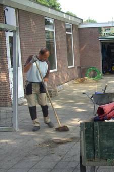 Scootmobiel terreinknecht en 20 bierkratten gestolen bij SV Dinxperlo