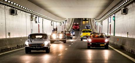 Velsertunnel feestelijk geopend ondanks storingen