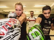 Emma en Yassine strijden om Nederlandse kickbokstitel