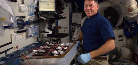 Amerikaanse astronaut stemt vanuit de ruimte