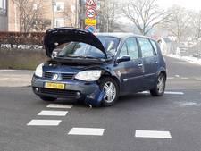 Geen gewonden, wel schade bij botsing auto's in Groesbeek