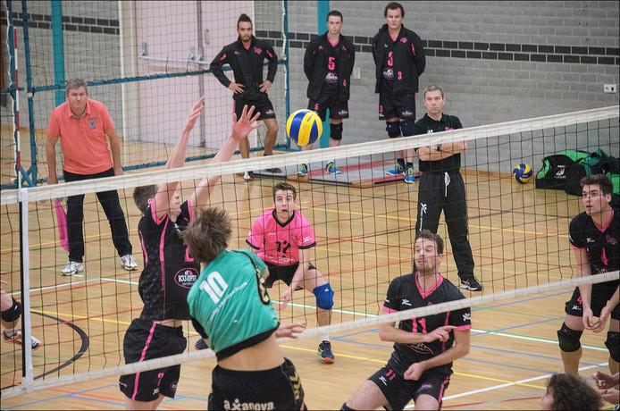 De volleyballers van Flamingo's verloren zaterdag nipt van Dynamo Apeldoorn. Archieffoto Theo Peeters