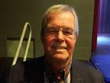Wijchense draagspeld voor oud-wethouder Gerard Hendriks