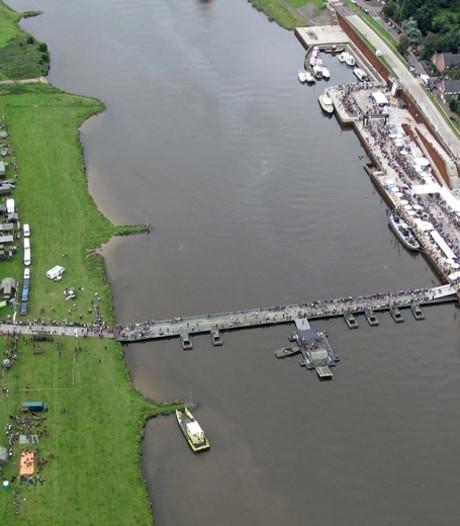 Wethouder Stoffels: Tijdelijk ponton over de Maas bij Cuijk