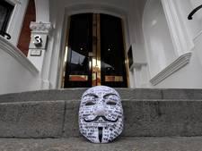 WikiLeaks publiceert duizenden mails Democraten