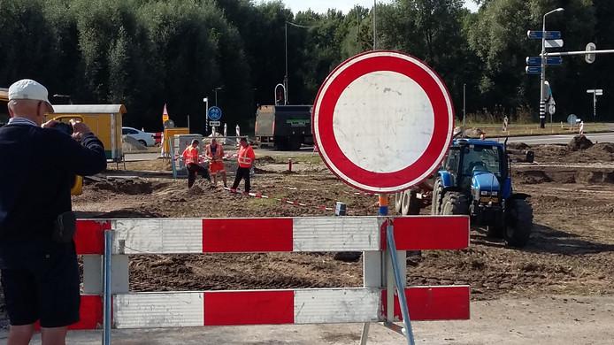 Wegwerk aan de Molsweg.