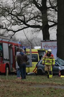 Vrouw (24) uit Winterswijk overleden bij eenzijdig ongeluk in Ruurlo
