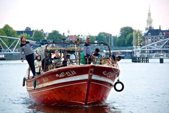 De vluchtelingenboot Meneer Vrijdag.
