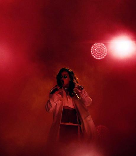 Rihanna ontroert met krachtig eerbetoon aan Nice