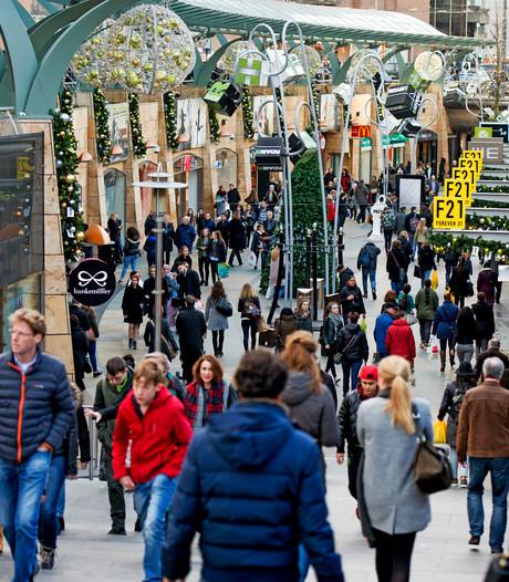 Nederlanders stuk zuiniger dan Belgen met kerstuitgaven