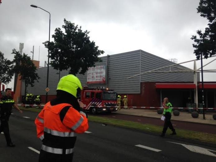 Brandweer en politie bij Monte Carlo in Nijmegen.