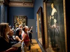 Amsterdamse musea geven doven rondleiding in eigen taal