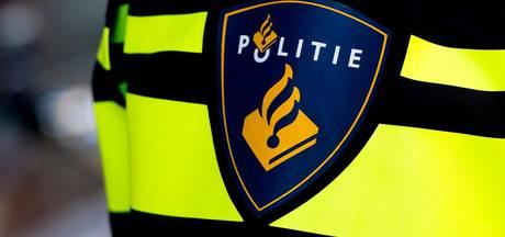 Politie vindt vuurwapen in Rotterdams kantoor