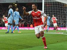 VIDEO: Arsenal wint ondanks moeizame start thuis van Stoke City