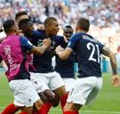 Frankrijk schakelt Argentinië uit na spektakelmatch