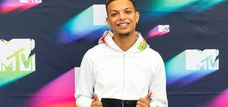 Ronnie Flex als opwarmer voor uitreiking MTV Awards