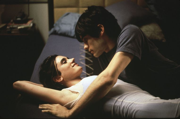 Jennifer Connelly en Jared Leto in 'Requiem for a Dream'.   Beeld © The Hollywood Archive
