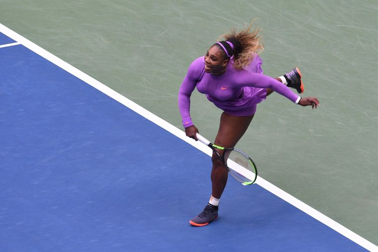 Serena Williams in haar verloren US Open-finale. Zij wordt 38, maar is nooit zeven jaar van het circuit verdwenen. Beeld Photo News