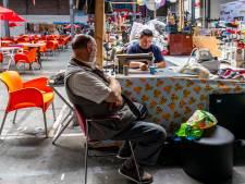 """Noodlijdende Utrechtse Bazaar blijft populair bij vaste klant: ,,Ik kom hier óók voor de gezelligheid"""""""
