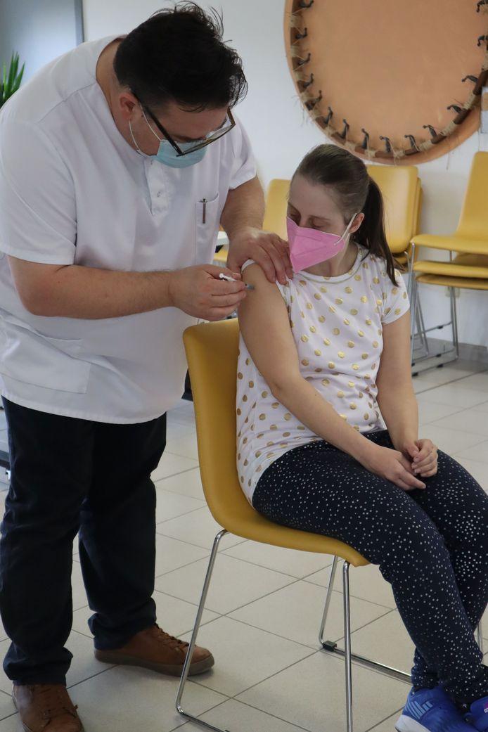 De eerste vaccinatieronde werd er uitgevoerd.