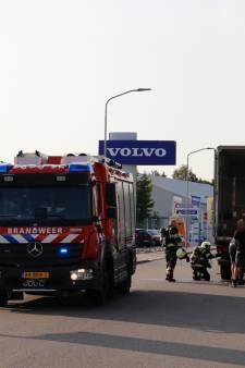Vrachtwagen loopt schade op door brand in laadklep