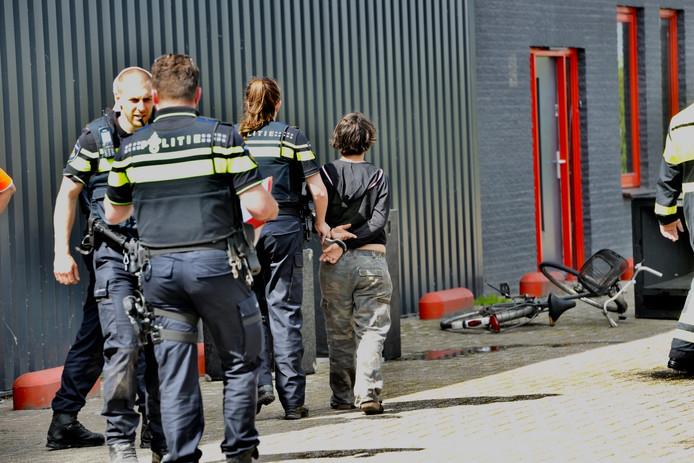 Krakers stichten brand in kraakpand Breda omdat politie stereo's weghaalt