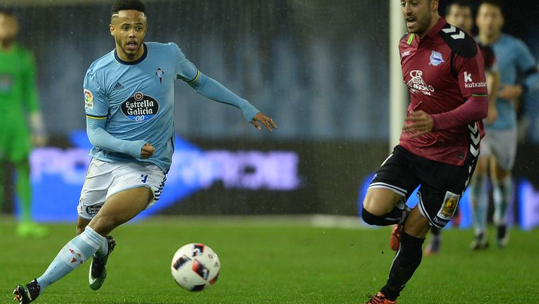 Bongonda in actie tegen Deportivo Alaves Beeld Getty Images