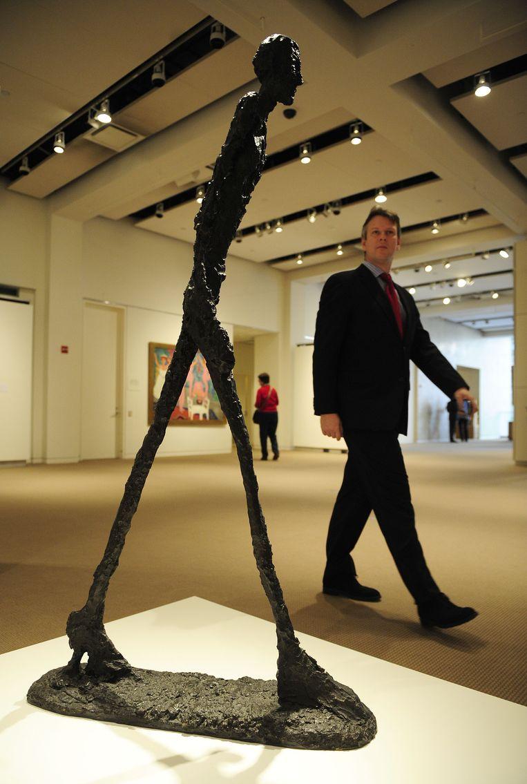 Een ander beroemd werk van Alberto Giacometti: De man die loopt I. Beeld AFP