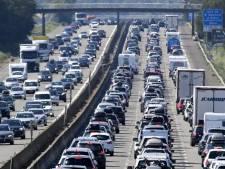 Départs en vacances: pic exceptionnel de 955 km de bouchons en France