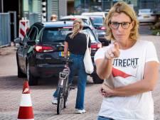 Je kunt in Utrecht overal op loopafstand een zak chips en een krat bier halen, maar geen coronatest