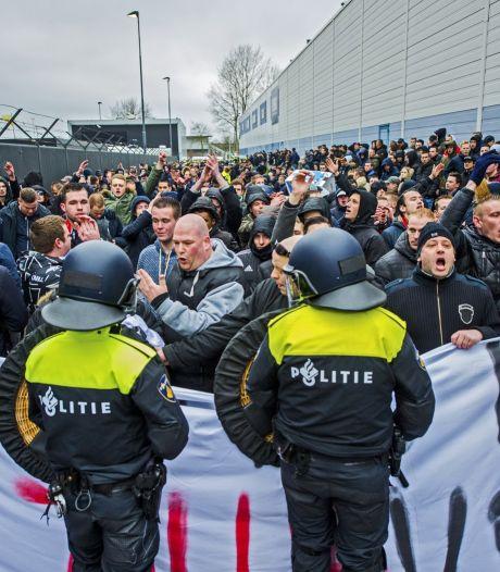 Woede na arrestaties bij protestmars Feyenoord-fans