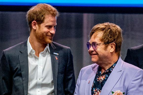 Elton John was de steun en toeverlaat voor prins Harry en Meghan.