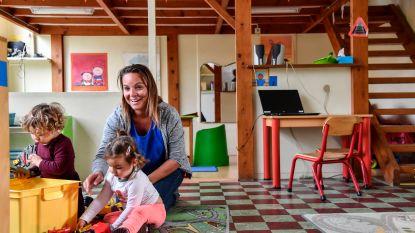 """Leerkrachten en ouders van kleuterschooltje Kamershoek slaken noodkreet: """"4 extra leerlingen nodig om sluiting af te wenden"""""""