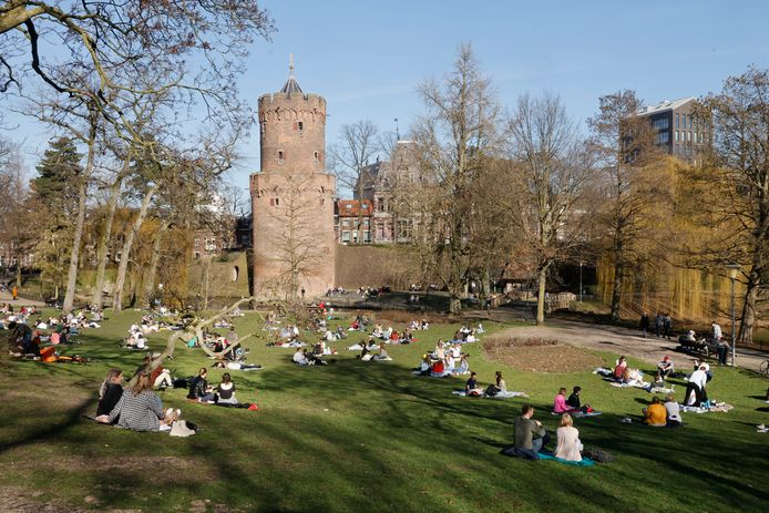 Het Kronenburgerpark zondagmiddag.