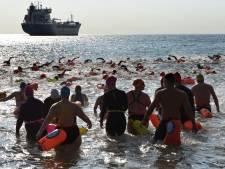 De Rijcke is sterkste vrouw tijdens 'eerste' zeezwemtocht