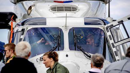 Britse legerhelikopter maakt noodlanding in veld in Kasterlee