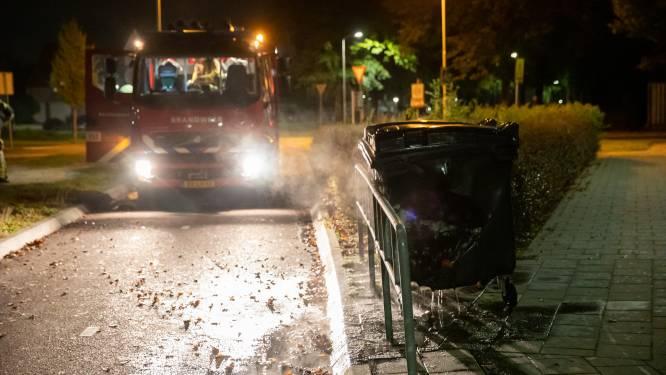 Container brandt af bij basisschool in Roosendaal